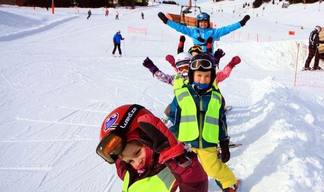 Narty w ferie śląskie, łódzkie, lubelskie, podkarpackie - alpejski Puchar Świata na żywo, przedszkole narciarskie we Włoszech